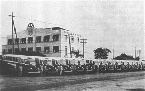 江南汽车公司,摄于30年代